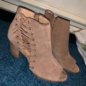 lucky brand light brown booties